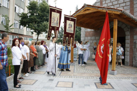 6320-osvetena-crkvata-sv.velikomacenik-pantelejmon-960x600-5