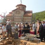 Осветени темели на манастирски конак во Локвени