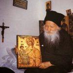Кога ти го љубиш Христа, ти ги љубиш сите – Старец Порфириј Кавсокаливит