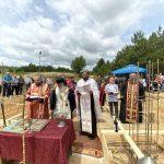 """Осветување на камен темелник за изградба на нов храм посветен на """"Светиот маченик Талалеј"""", во Горно Оризари"""